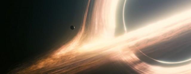 In un futuro prossimo all'esaurimento delle risorse planetarie e flagellato da improvvise e colossali tempeste di sabbia su scala planetaria, l'ex-pilota Nasa Cooper (Matthew McConaughey) viene a coinvolto in un […]